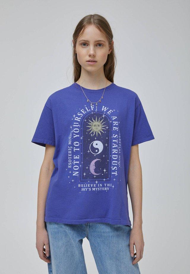 T-shirts print - purple