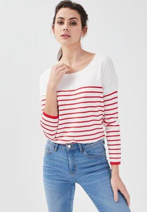MIT OFFENEM RÜCKEN - Sweatshirt - rouge fluo