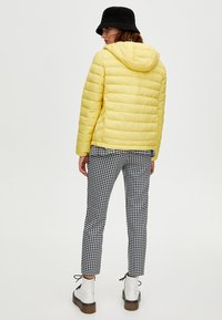 PULL&BEAR - Winter jacket - yellow - 2