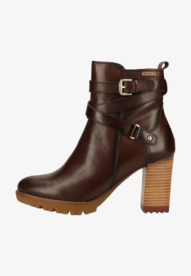 Platform ankle boots - olmo