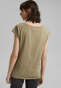 edc by Esprit - Print T-shirt - light khaki - 2