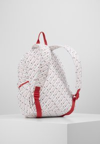 Tommy Hilfiger - CORE BACKPACK - Batoh - white - 3