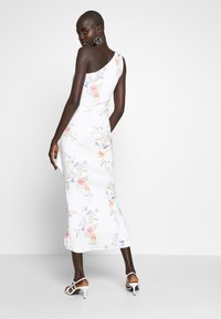 True Violet Tall - ONE SHOULDER FRILL SPLIT MIDAXI DRESS - Sukienka koktajlowa - white - 3