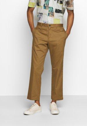 CROPPED PANT - Chino kalhoty - mocha