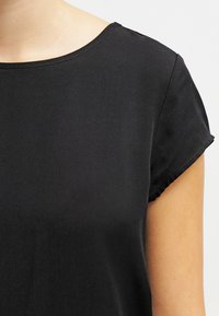 Zalando Essentials - Blouse - black - 4