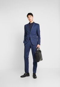 Lindbergh - CHECKED SUIT - Completo - blue - 1