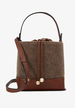 REBUS - Handbag - haselnuss