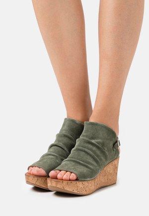 MONACO - Platform sandals - birch