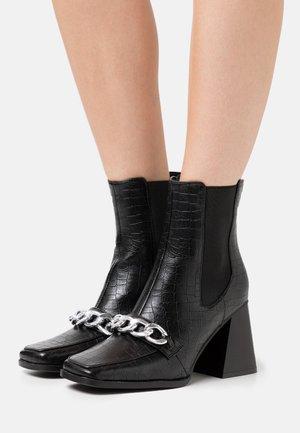 BEATRIX - Ankelboots med høye hæler - black