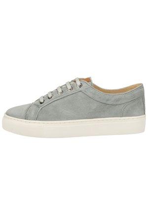 SNEAKER - Sneakersy niskie - hellblau 23