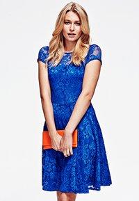 HotSquash - LACE - Cocktail dress / Party dress - royal blue - 0