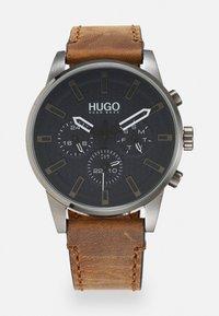 HUGO - SEEK - Reloj - bron - 0