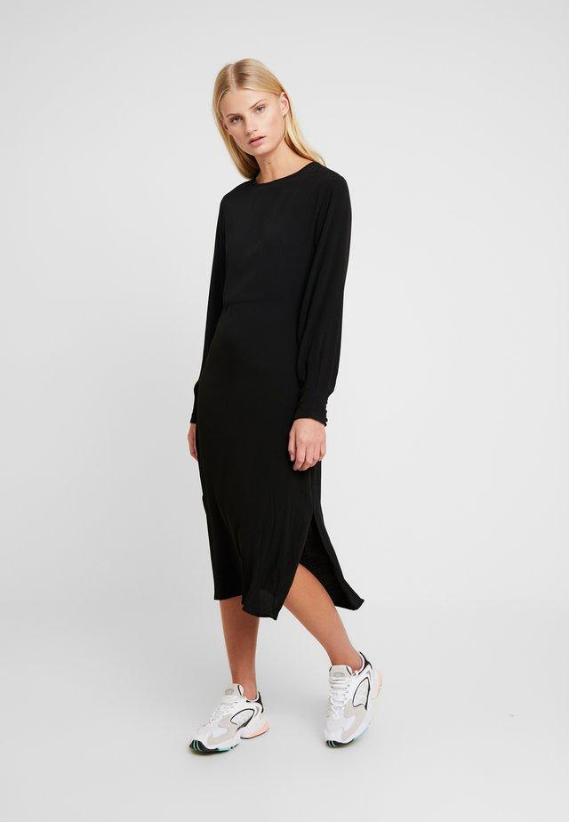 BERTA DRESS - Vapaa-ajan mekko - black