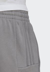 adidas Originals - BX-20 SWEAT JOGGERS - Pantalones deportivos - grey - 7