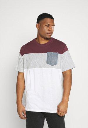 JJCONTRAST POCKET TEE CREW NECK - T-shirt print - port royale
