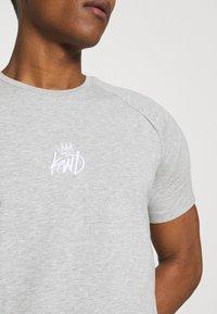 Kings Will Dream - KISHANE TEE - T-shirt imprimé - asphalt/black - 4
