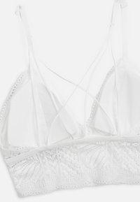 OYSHO - BRALETTE AUS SPITZE IM BLÄTTERDESIGN 30199202 - Bustier - white - 6