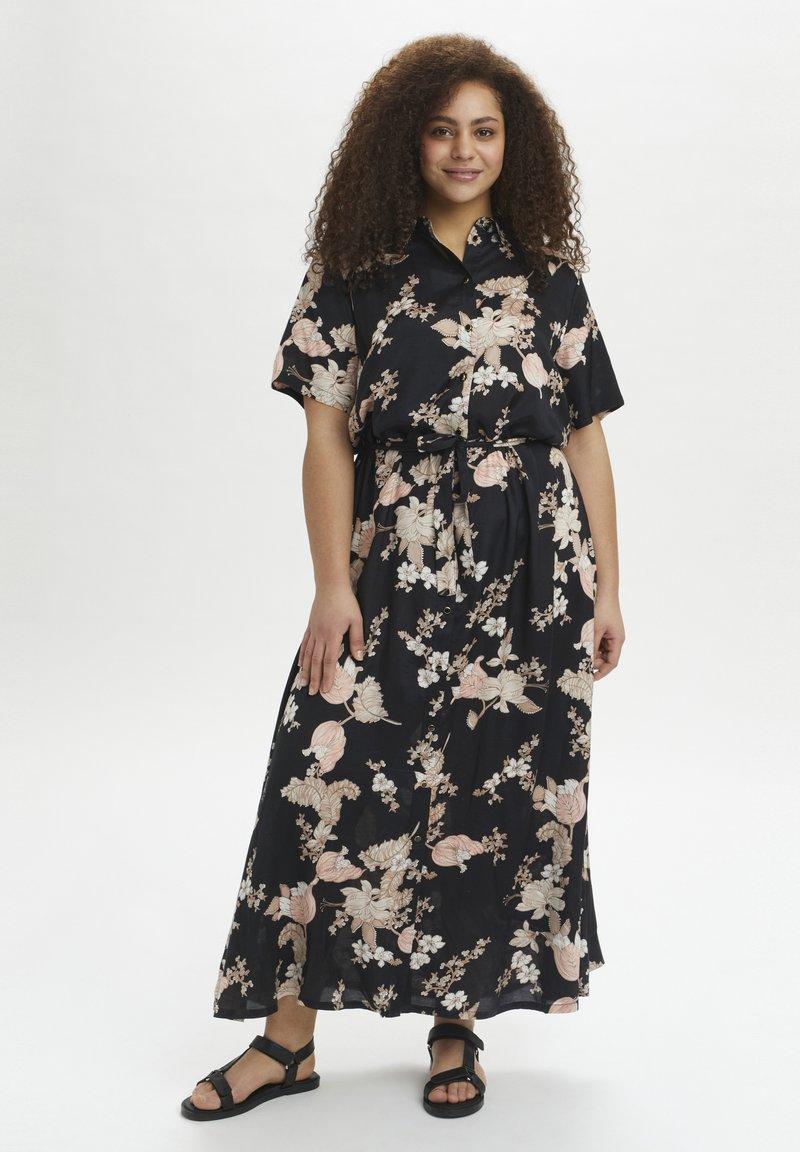 Kaffe Curve - Maxi dress - black /  rose flower print