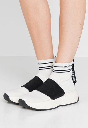 MARINI SLIP ON  - Korkeavartiset tennarit - vanilla/black