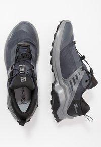 Salomon - X RAISE GTX - Hiking shoes - ebony/black/quiet shade - 1