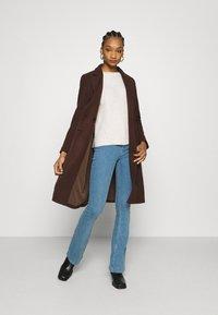 Calvin Klein - FLUFFY CREW NECK  - Svetr - pale taupe melange - 1