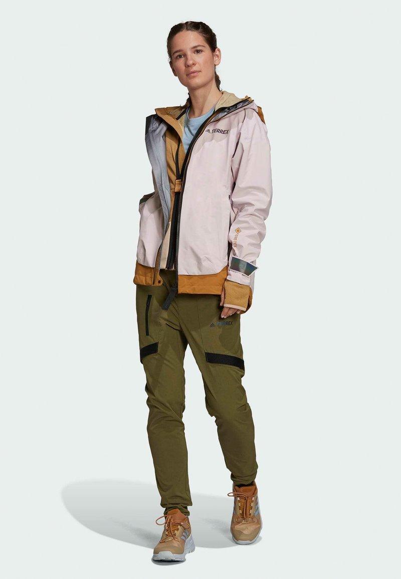 adidas Performance - TERREX MYSHELTER GORE TEX - Training jacket - pink