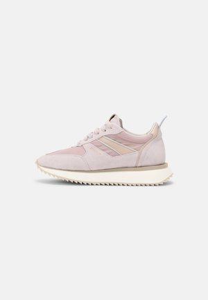 Sneakersy niskie - dusty pink