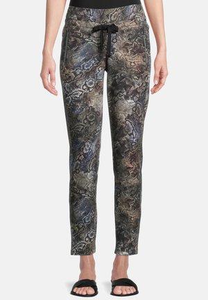 MIT AUFDRUCK - Pantalon classique - grün/schwarz