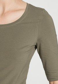 Opus - SANIKA  - Basic T-shirt - soft moss - 4