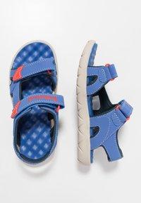 Timberland - PERKINS ROW 2-STRAP - Walking sandals - bright blue - 0