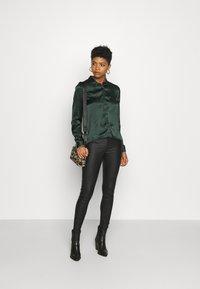 JDY - JDYFIFI LIFE SHORT SHIRT - Button-down blouse - scarab - 1
