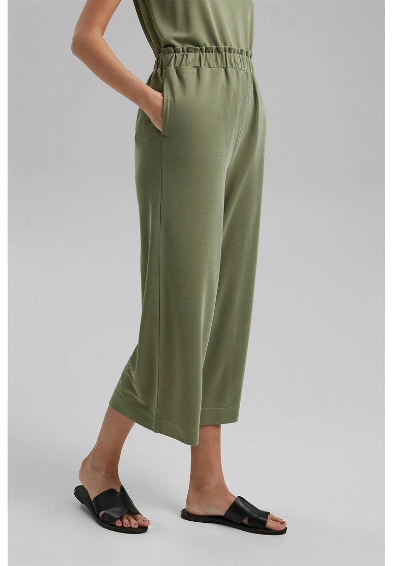 Esprit - CULOTTE - Trousers - light khaki