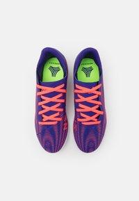 adidas Performance - NEMEZIZ .4 FOOTBALL SHOES INDOOR UNISEX - Indoor football boots - energy ink/signal pink/signal green - 3