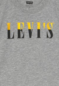 Levi's® - GRAPHIC TEE - Print T-shirt - grey heather - 3
