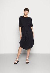 Monki - Jersey dress - black - 0
