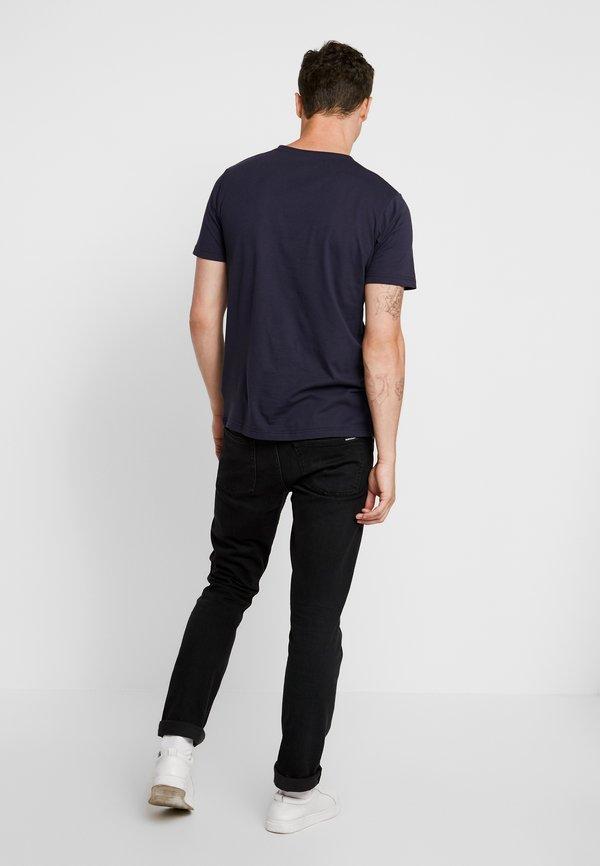 Makia BRAND - T-shirt z nadrukiem - dark blue/granatowy Odzież Męska HXSH