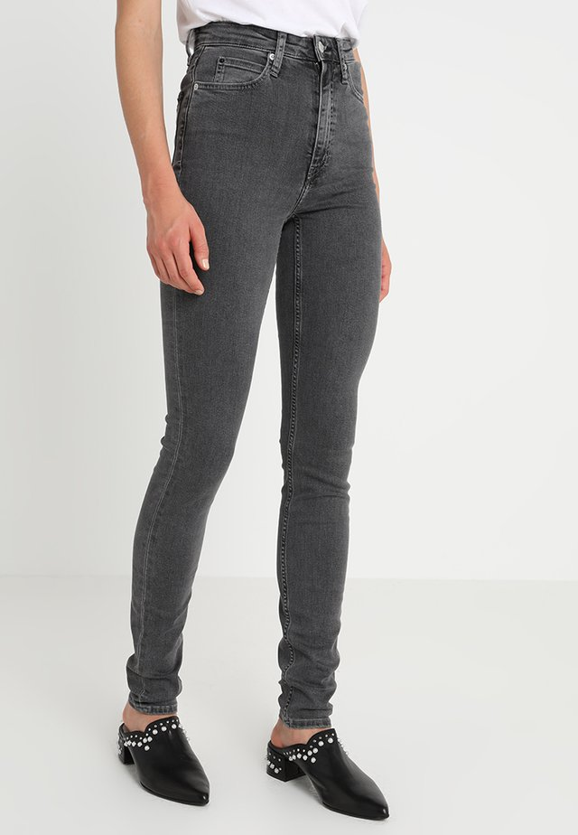CKJ 010 HIGH RISE SKINNY  - Jeansy Skinny Fit - stockholm grey