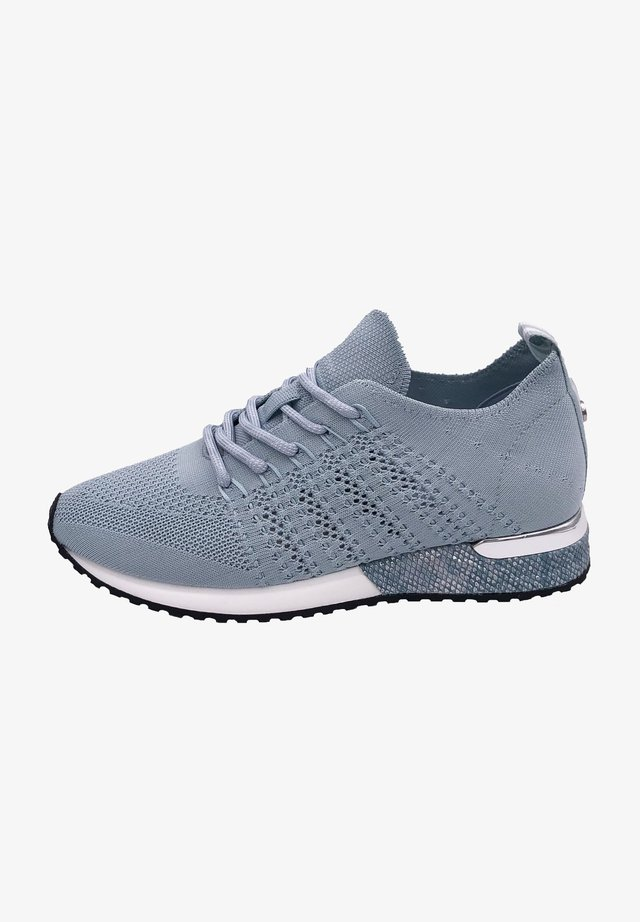 Trainers - blue pastel