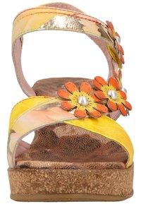 LAURA VITA - Sandalen met plateauzool - jaune - 6
