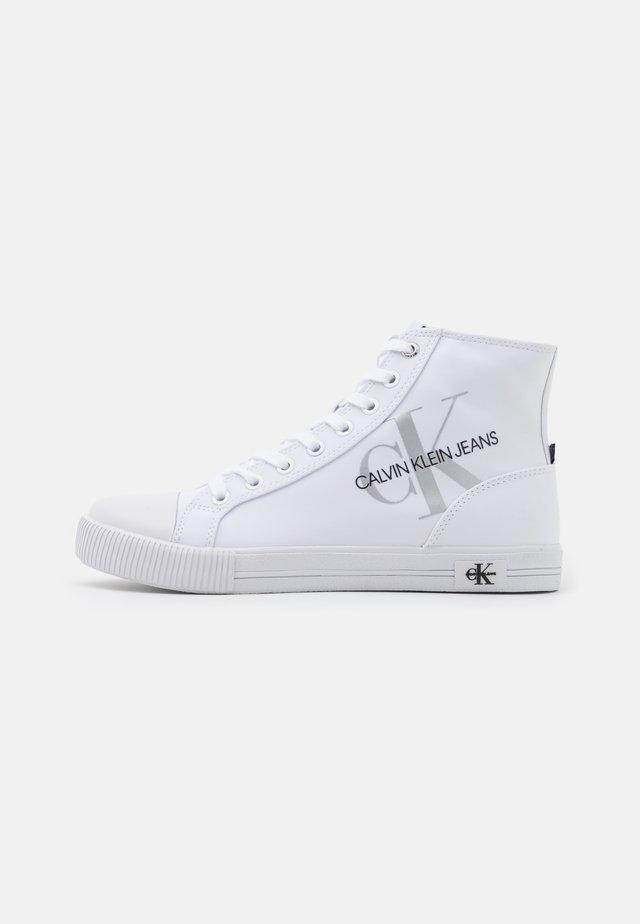 VULCANIZED - Sneakers alte - bright white
