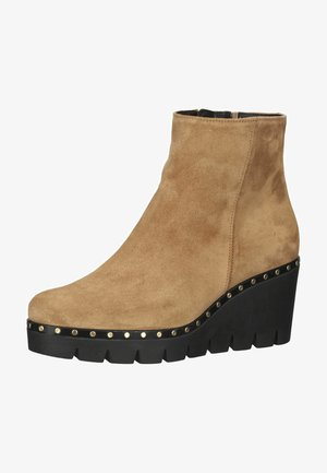Wedge Ankle Boots - lion gold