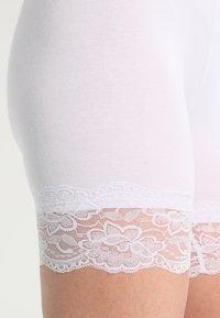 Cream - MATILDA BIKER - Shorts - optical white - 3
