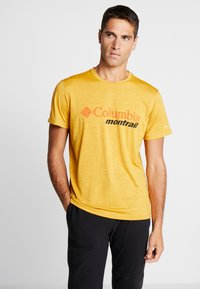 Columbia - TRINITY TRAIL™ GRAPHIC TEE - Print T-shirt - bright gold - 0