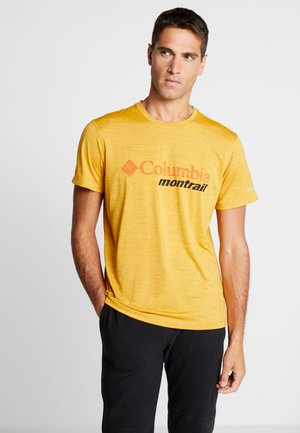TRINITY TRAIL™ GRAPHIC TEE - T-shirt med print - bright gold