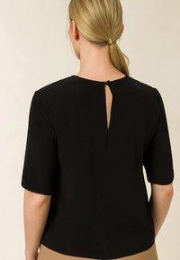 IVY & OAK - TIANA - Basic T-shirt - black - 1
