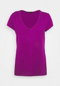 DRYKORN - AVIVI - Jednoduché triko - purple - 0