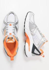 Reebok Classic - RBK PREMIER - Sneakersy niskie - white/matte silver/high vis orange - 1