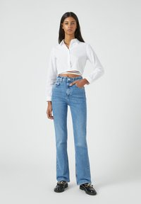 PULL&BEAR - Bootcut jeans - blue - 1