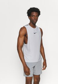 Nike Performance - TANK  - Top - smoke grey/black - 0