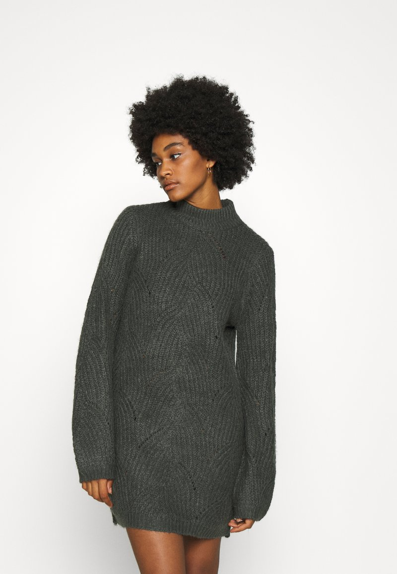 Noisy May - NMEDEN HIGH NECK DRESS  - Strikket kjole - dark grey melange